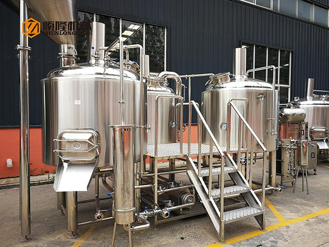 300L Top Manhole Conical Beer Fermenter 60 Degree Cone stainless steel material