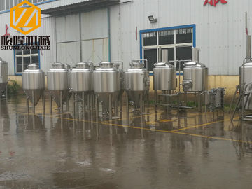 China Metal Industrial Beer Equipment SS304 Or Cooper Material With Tanks / Pumps supplier
