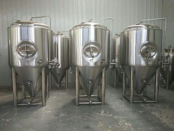 China Sus304 Stainless Steel Beer Fermenter 20bbl Capacity With 2 - 5 Bar Pressure supplier